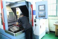 精密硅橡胶制品模具开模设备,降低产品误差